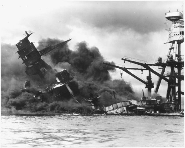 USS Arizona, sinking