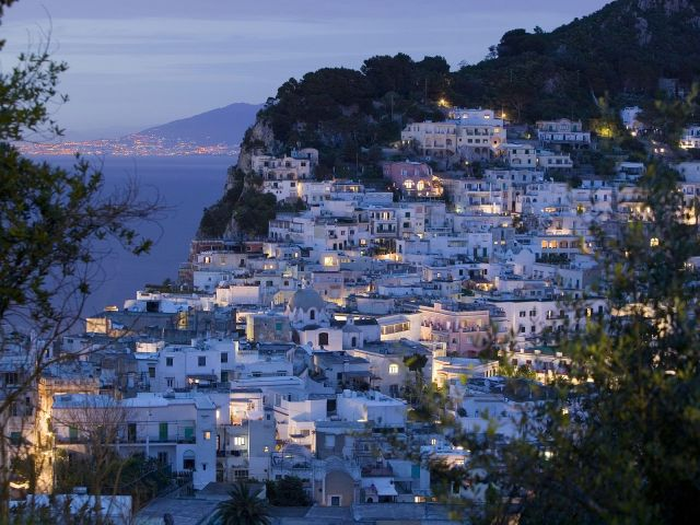 Capri_Town_Bay_of_Naples_Campania_Italy