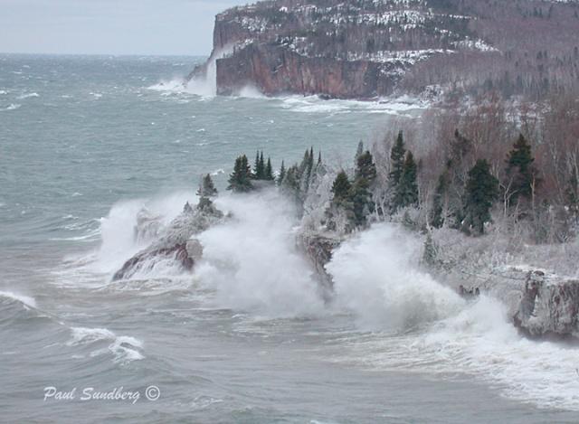 sf-lake-superior-storm-april-2003_psundberg