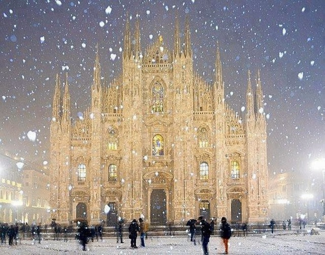 duomo-cathedral-in-milan-italy