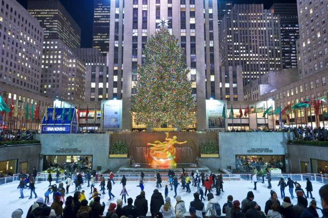 new-york-city-rockefeller-christmas-tree