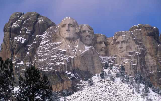mount-rushmore-winter-snow
