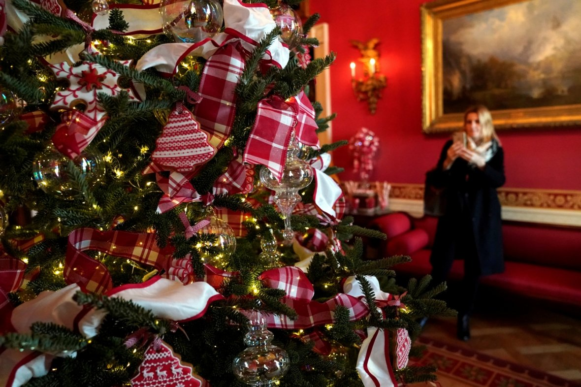 Christmas Decorations: First Look – Christmas At The White House
